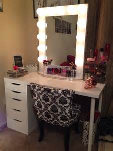 Makeup Vanity Set Up Ideas Vanity Tables With Hollywood Style Homesfeed