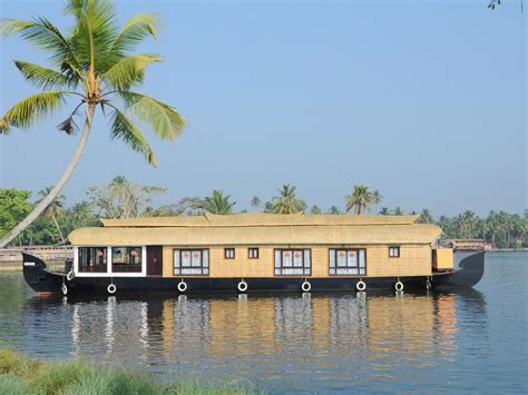 kerala alappuzha boat house images kerala house boats finishing point cosy regency