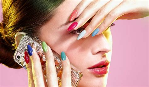 what colour nail varnish is in fashion 2014 what color should i paint my nails