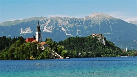 row boat hire lake bled the top stunning secret european summer holiday