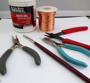 Paper Jewellery Tools - paper and wire wrapped bead tutorial mixed kreations