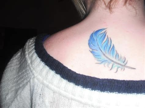 tattoo feather blue blue feather tattoo tattoos pinterest tattoo life