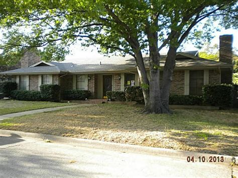 2514 axminster dr grand prairie 75050 foreclosed