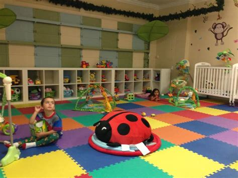 toddler daycare room ideas infant and toddler room ideas for home daycare home daycare infant room garage convertion