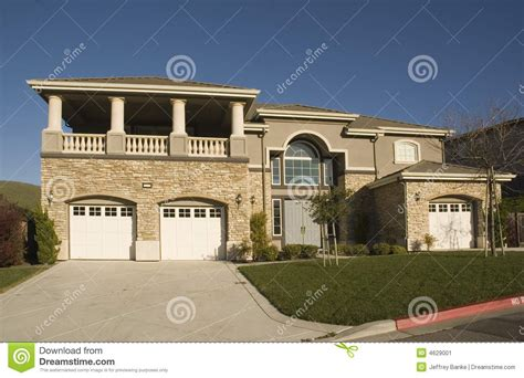 tract home high end tract home stock image image 4629001