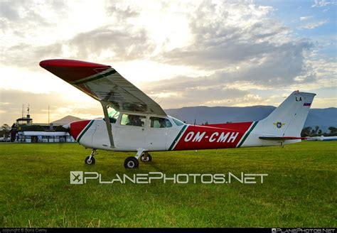 cessna 172n skyhawk ii om cmh operated by slovensk 253 n 225 rodn 253 aeroklub slovak national aeroclub