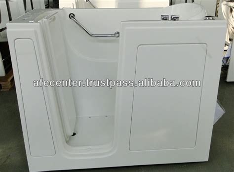 bathtubs for handicapped medicare handicap bathtubs medicare 28 images sanctuary duratub
