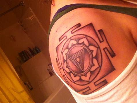 yantra tattoo pinterest kali yantra tattoo pinterest