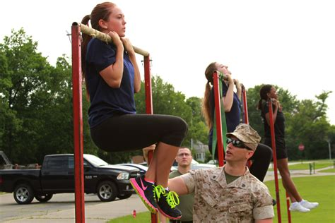 female regulations marine corps presentation 11 things marines need know corps new fitness rules