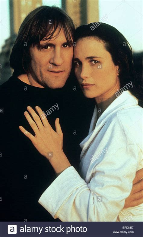 gerard depardieu film green card gerard depardieu andie macdowell green card 1990 stock