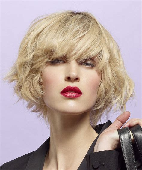 angular chin best hairstyles a short blonde hairstyle from the spring summer collection