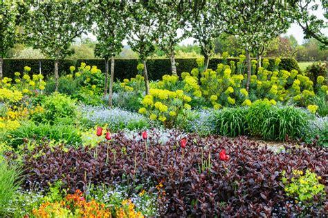 lillybrook sponsor bradenstoke garden show
