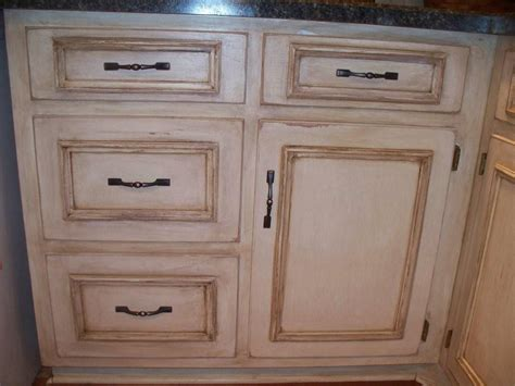 Antiqueing Cabinets Diy Antiquing White Kitchen Cabinets Home
