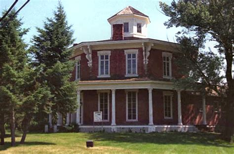 file the octagon house 3601790588 jpg wikimedia commons file lorenandrus1996 jpg wikimedia commons