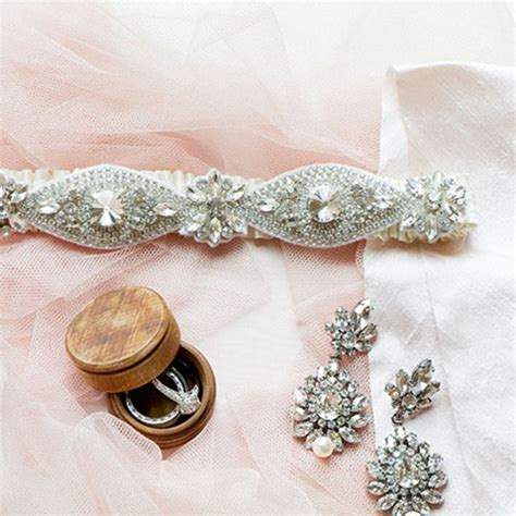Wedding Accessories For by 6 Local Boutiques For Wedding Jewelry And Accessories Brides