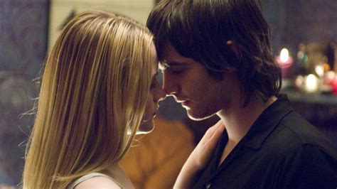 Across The Universe 2007 Review And Trailer by Across The Universe 2007 Directed By Julie Taymor