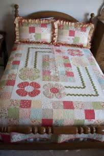Baby Quilt Rack by 89 Best And Whimsical Quilts Images On