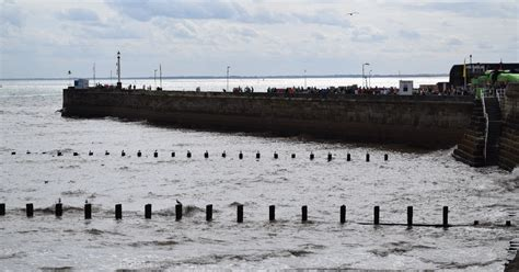 flood warning issued for bridlington with high tide
