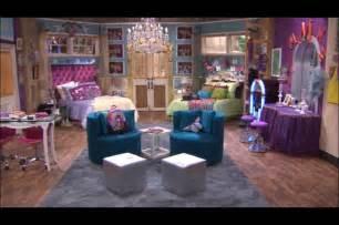 Hannah montana s bedroom is want moms board for faith pinterest