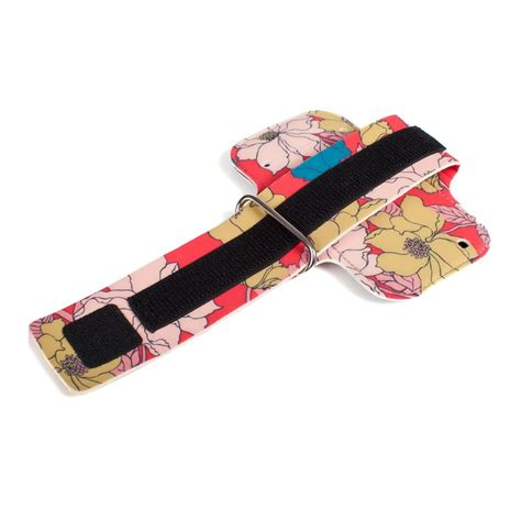 Chicbuds Physique Armband For Iphone 5 5s Se chicbuds physique armband for iphone 5 5s retro poppy jakartanotebook