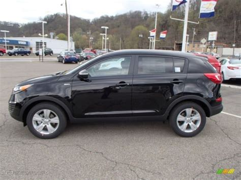 Kia 2013 Black Black Cherry 2013 Kia Sportage Lx Awd Exterior Photo