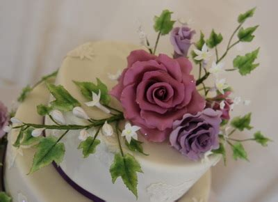 Handmade Sugar Flowers - handmade sugar flowers made by mo s bespoke cakes