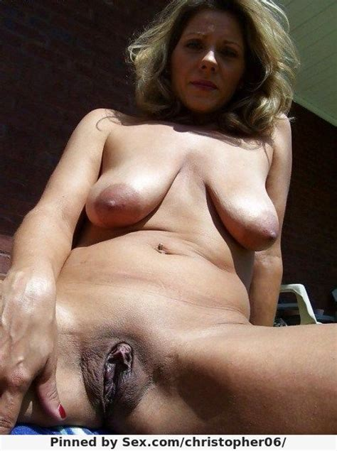 Saggy Tits And Shaved Pussy Seen From Below Christopher06