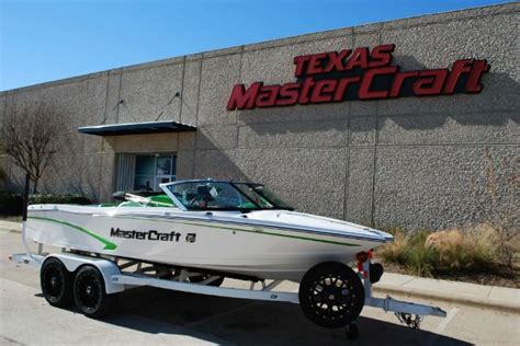mastercraft boat flooring options mastercraft pro star boats for sale