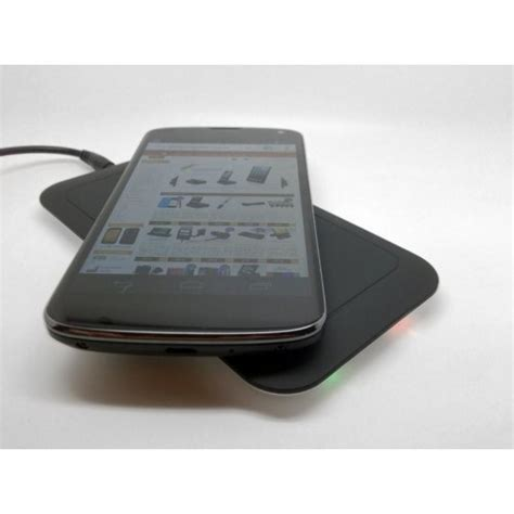 nexus qi nexus 4 qi wireless charger available from gadgets4geeks ausdroid
