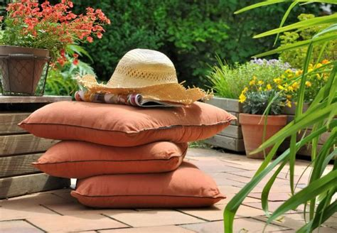 How To Remove Mold From Patio Cushions 24 Best Images About Outdoor Furniture On Pinterest