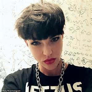 how to do ruby roses haircut ruby rose rocks her bowl cut as she mocks herself on