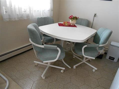 Kitchen Table With Swivel Chairs Kitchen Table And Four Swivel Chairs Table Extension South