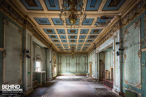 wellington room wellington rooms centre liverpool 187 urbex closed doors exploring