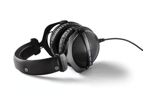best closed headphones in the world 2018 best studio headphones comparisons of different