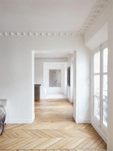 Moulure Bois Décorative 3899 by Moulure Bois Mur Maison Design Apsip