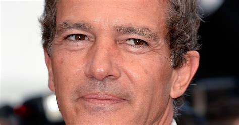 A Antonio antonio banderas released from hospital after chest pains