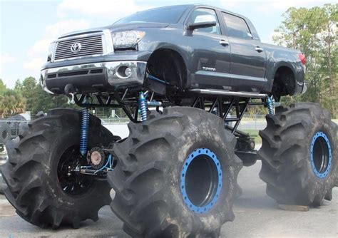 Souped Up Semi Trucks by The 9 Craziest Things Do To Their Trucks