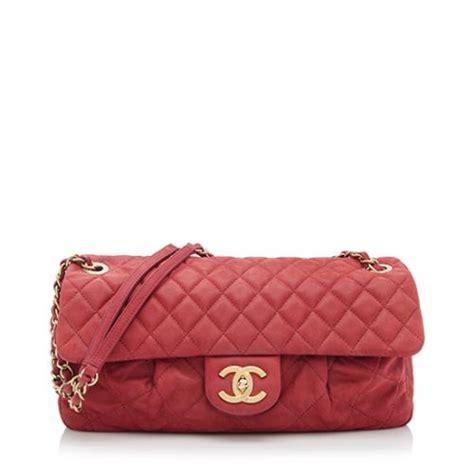 Chanels Carry Chic Flap Bag chanel iridescent calfskin chic quilt flap bag sale