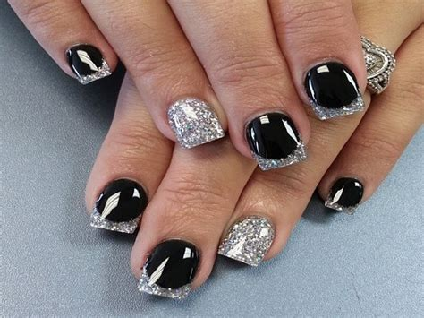 Nägel Lackieren Einfach Gemacht by Black And Silver Nails 33 Background Wallpaper