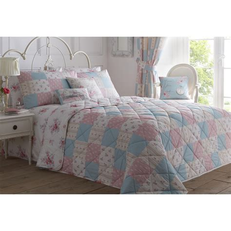Floral Patchwork Bedding - dreams n drapes patsy floral reversible patchwork