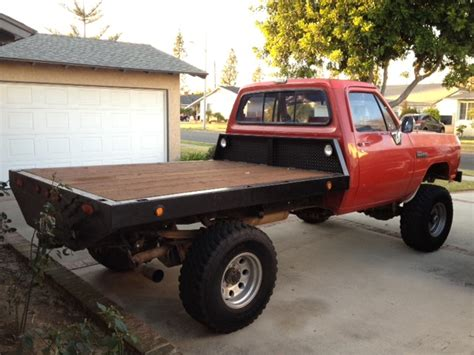 Let's see yall's Flatbed's!!!!!!   Diesel Bombers