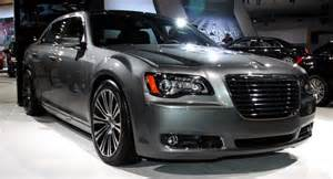 Who Manufactures Chrysler Chrysler 300s Makes Some Noise At The La Auto Show