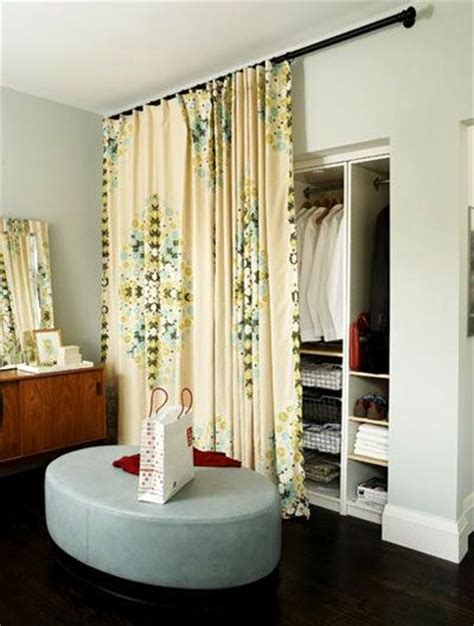 hanging curtains at ceiling height 1000 ideas about closet door curtains on pinterest