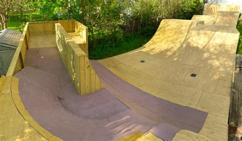how to build a backyard skatepark backyard bmx r red construction