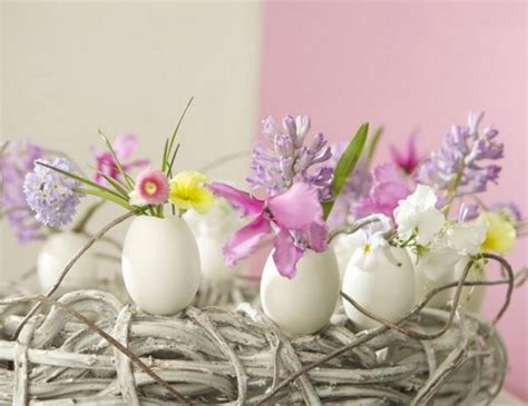 spring flower arrangement ideas egg shell and flower ideas for eco friendly easter decorating