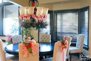 How To Decorate Your Dining Room Christmas Dining Room Decor Amp How To Tie A Simple Bow