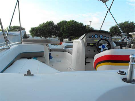 bayliner boat horsepower bayliner rendezvous 1997 deck boat 21 2001 mercury 200