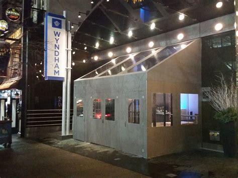 vestibule enclosures newyorkcitysigns com