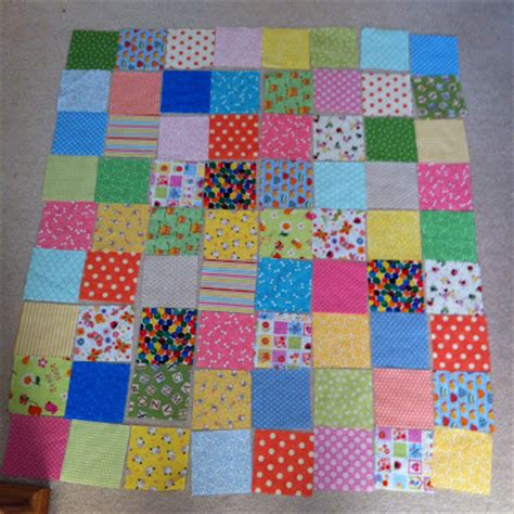 How To Do Patchwork Step By Step - how to make a patchwork quilt the pink button tree