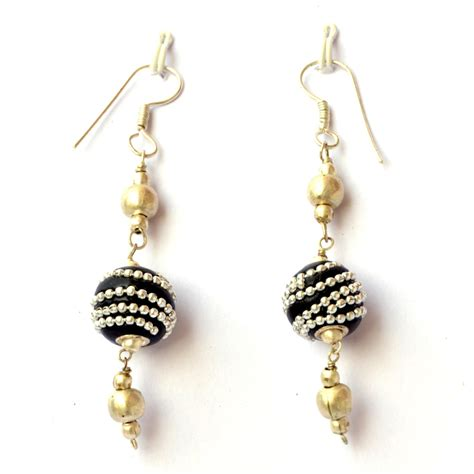 Handcrafted Earrings - handmade earrings black with metal chains